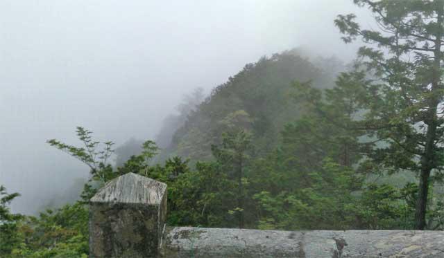 三峯神社の遥拝所