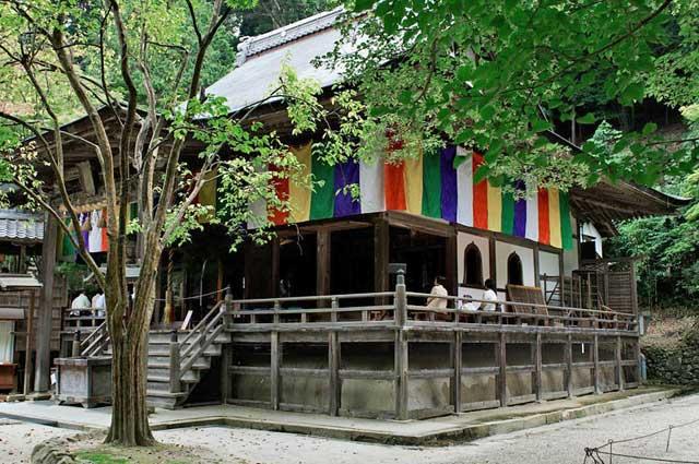 神峯山寺本殿