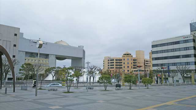 JR日立駅前