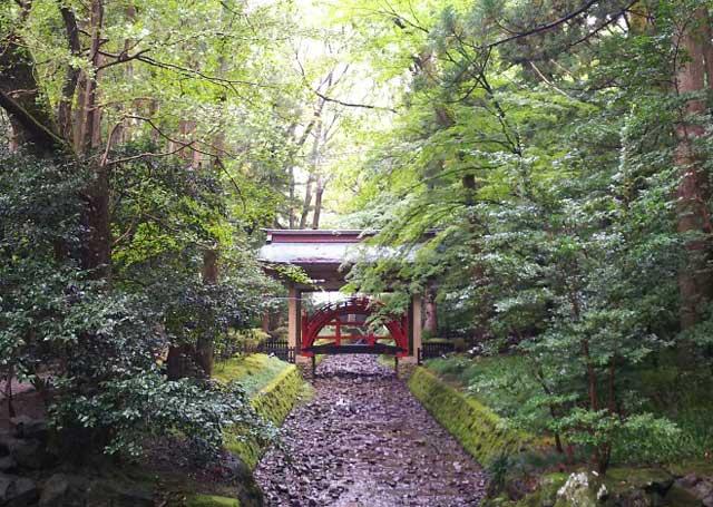 玉の橋(御神橋/ごしんきょう)
