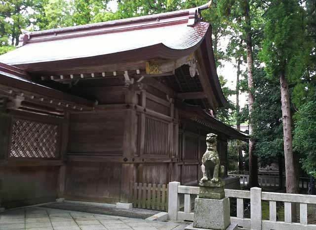 彌彦神社狛犬